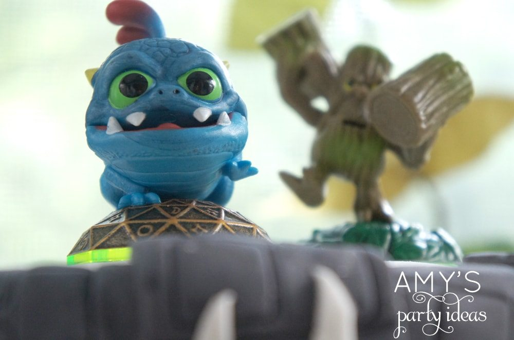 skylanders birthday party ideas, Skylanders Giants Birthday Party Ideas & Games | @AmysPartyIdeas #SkylandersGiants #party #DIY #Skylander #Birthday #dessert table #supplies