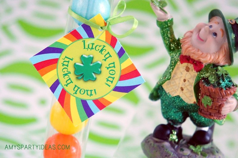 St. Patrick's Day Easy Party Ideas {Giveaway from AmysPartyIdeas.com}
