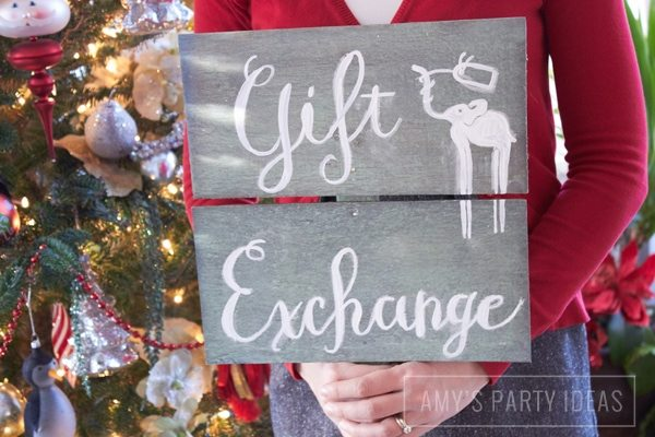 White Elephant custom art from julieannmckevitt.com|White Elephant Gift Exchange Party Ideas from AmysPartyIdeas.com | Minted.com #giveaway