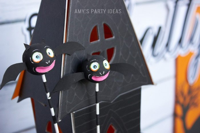 Halloween Bats Party Ideas |DIY Bats in the Graveyard Halloween Desserts & FREE PRINTABLE gravestones | #SnackPackMixIns #shop #ad #cbias