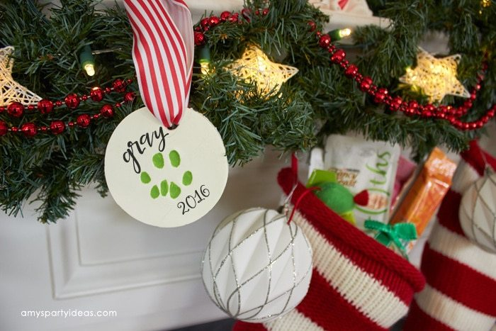 A Purrfect Christmast Gift | DIY Paw Print Ornament | Tutorial | @Target #Tex4Pet #ad