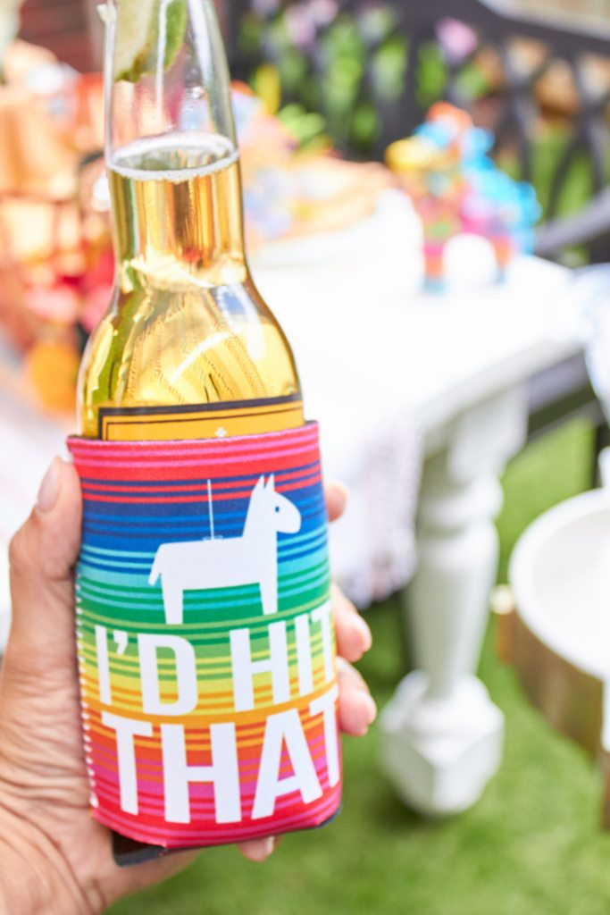 I'd Hit That Pinata Coozie | Cactus Fiesta Party Ideas | Cinco de Mayo party ideas | Mexican party or wedding | Outdoor Entertaining | As seen on AmysPartyIdeas.com and Swoozies.com