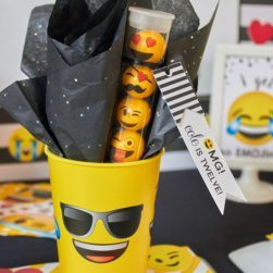 Emoji Party Printable Party Favors and Favor Tags from LuluCole for AmysPartyIdeas.com | Emoji Birthday | Printable Party | Tween or Teen Birthday Party Ideas